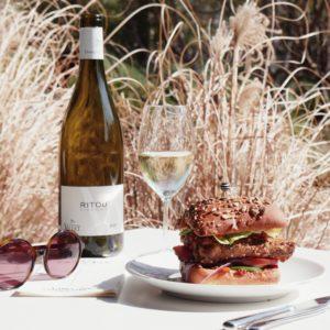 Un déjeuner en terrasse au coeur du jardin du Quai Branly au Café Jacques